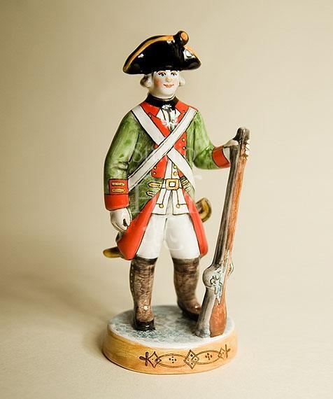 статуэтка солдат